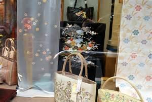 親友の娘さんの結婚式のために、大阪で貸衣装の訪問着